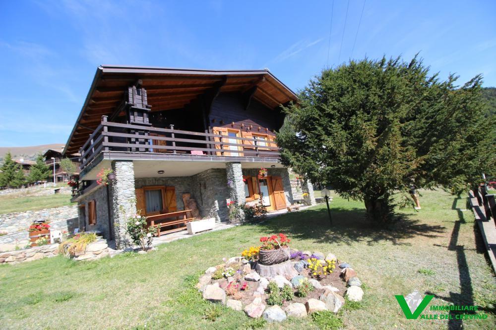 Foto 1 di Villa Verrayes